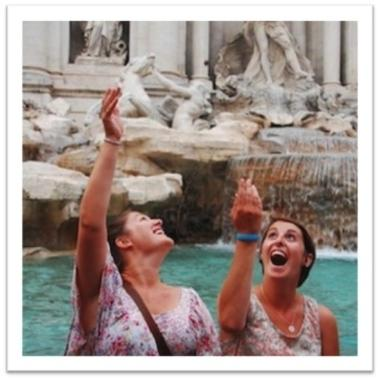 Students at a fountain in Italy